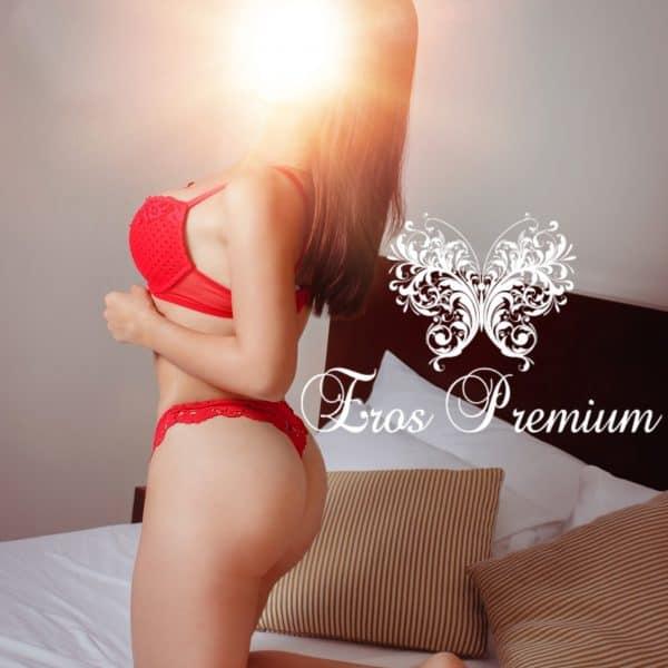 Andrea Modelo Peruana en Bogotá Colombia - Eros Premium
