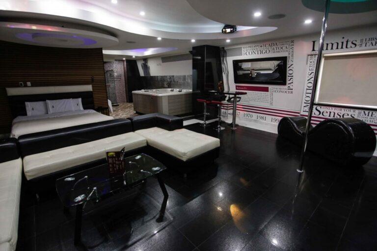 Habitación Motel Secret VIP Chapinero - Moteles en Bogotá D.C, Colombia